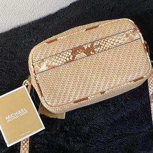 💋🍒 Michael Kors straw pythons Crossbody Bag